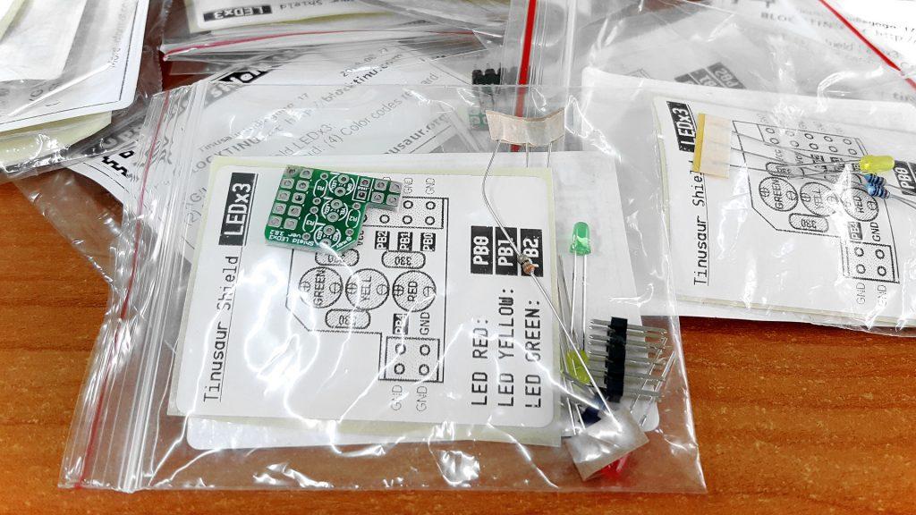 Tinusaur Shield LEDx3 Parts Package