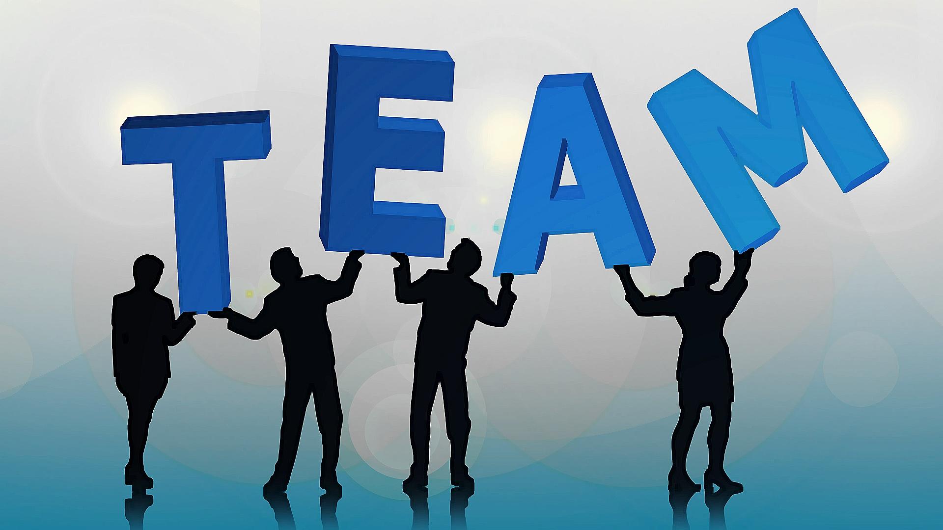 Tinusaur - Our Team